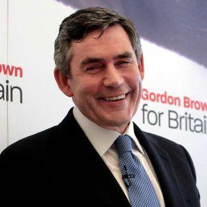 Brown vuole svendere, per chiudere i buchi di bilancio e di consenso