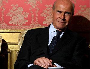 Non spacchiamo l'atomo: l'uomo giusto per l'Agenzia nucleare è Umberto Veronesi