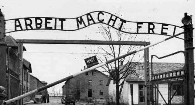 """Il furto di Auschwitz: una """"breve in cronaca"""""""