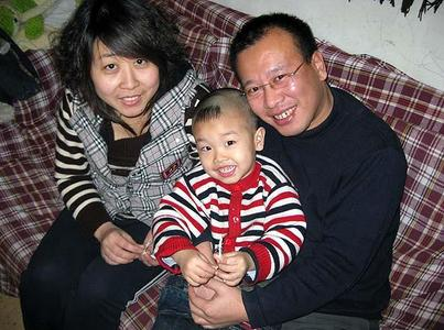 Arrestato in Cina Zhao Lianhai, 'reo' di difendere la salute dei bambini