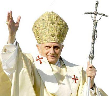 Pedofilia, per il New York Times Ratzinger e Bertone affossarono uno scandalo