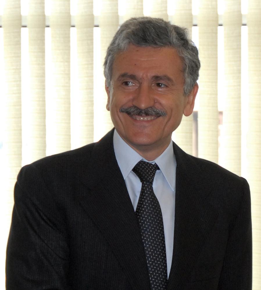 Uno spettro si aggira nella testa di Massimo D'Alema: il presidenzialismo
