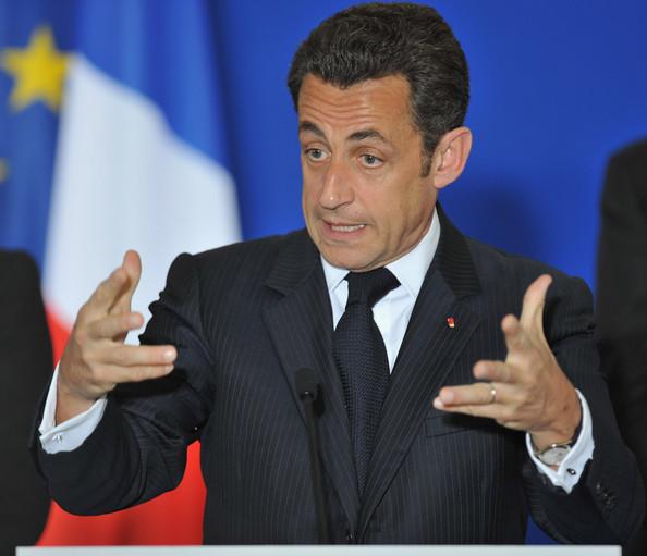 Sarkozy incassa (la sconfitta) e rilancia
