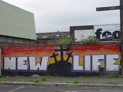 In Irlanda del Nord attentati e violenze, ma la pace non è finita
