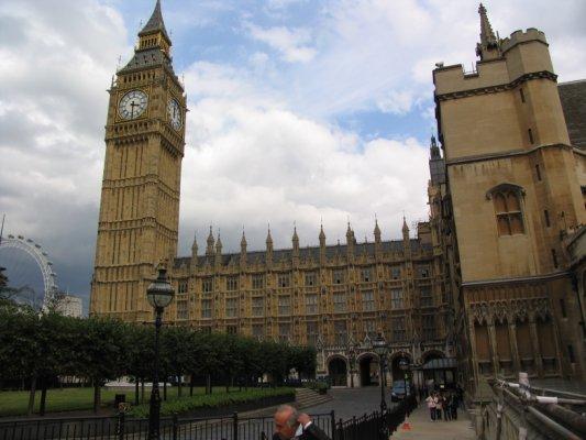 Regno Unito: gli scenari possibili in caso di hung parliament