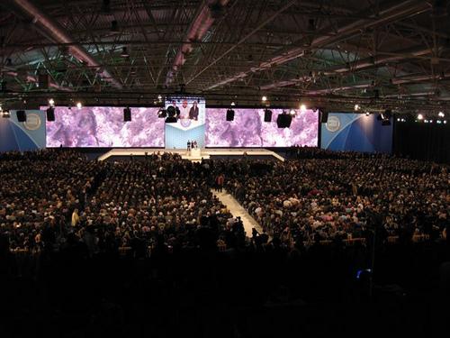 Al PdL serve un 'normale' congresso generale: nazionale, aperto e competitivo