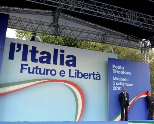Nasce Fli, che sia la politica del Futuro e della Libertà, non il 'partito di Fini' - AUDIO