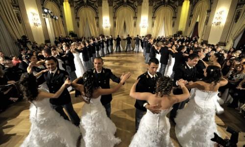 Ballo viennese a Palazzo Venezia, o del cortocircuito della tradizione