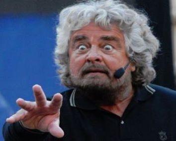 Grillo non fa politica, ma spettacolo (e forse neppure lo sa)