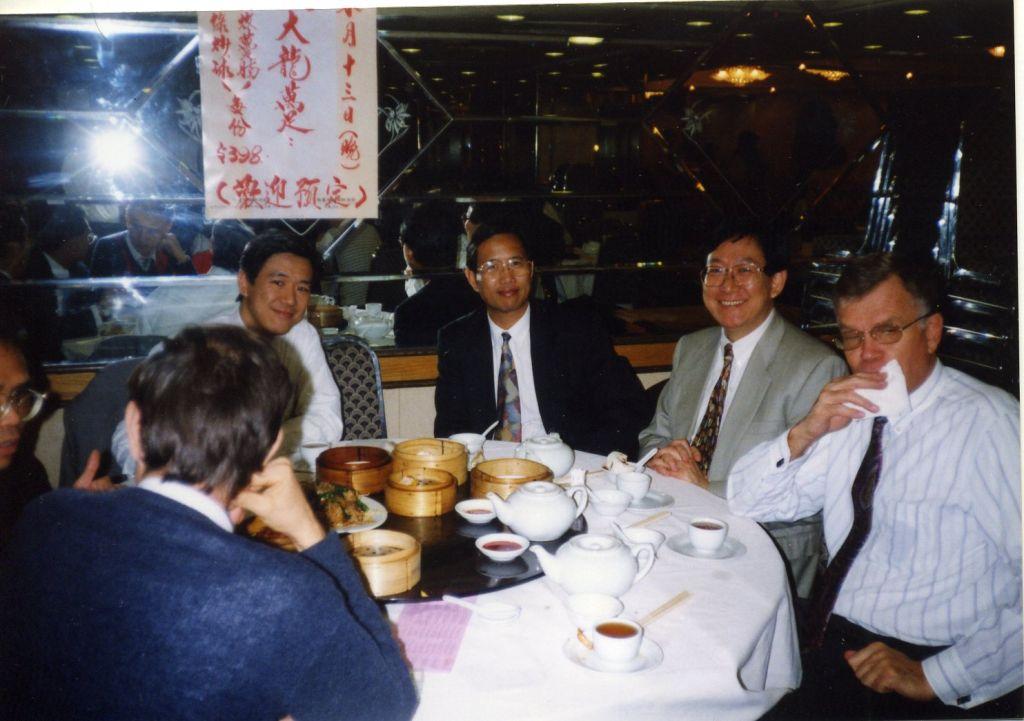 Liberisti, sussurratelo: viva la lunga pausa-pranzo di Hong Kong