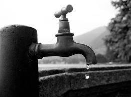 Acqua, Cgil contro Coop