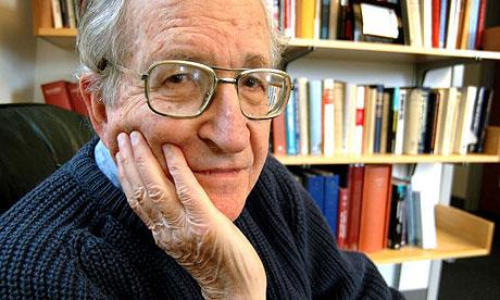 Giochiamo con le regole di Chomsky (anche se non la pensiamo come lui)