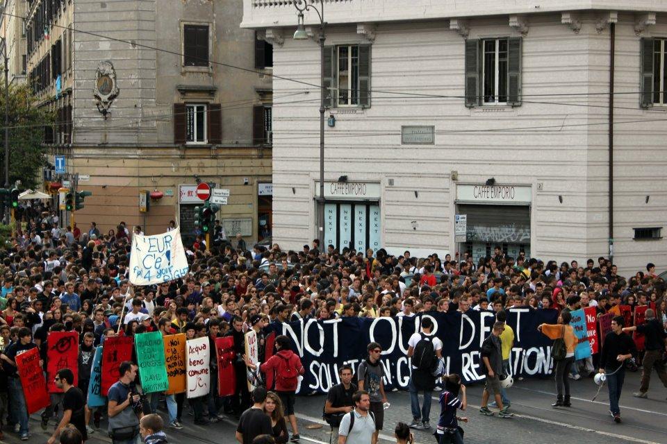 Gli studenti manifestano, con gli argomenti di Borghezio