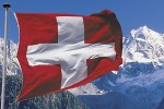 Svizzera-bandiera-sui-monti