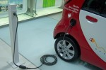 auto_elettrica-ricarica-1